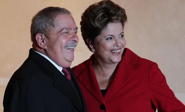 Lula e Dilma estão perto de conquistar o tetra campeonato | Foto: ilustração