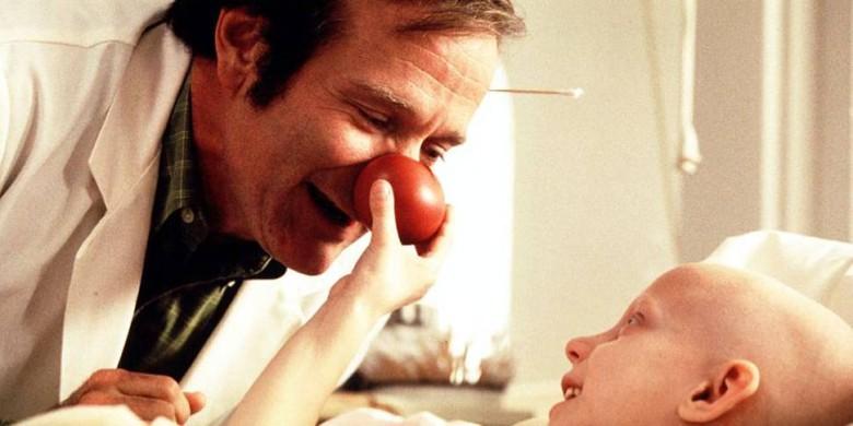 Robin Williams no filme Patch Adams | Foto: ilustração