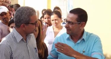 O Prefeito Túlio Vieira e o novo Secretário de Governo, Lúcio Fabrício   Foto: site de Lúcio Fabrício/assessoria de imprensa