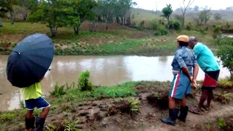Para alegria dos casinhenses, principalmente os residentes na zona rural, as chuvas voltaram a cair no município (Foto: Alex Silva/Divulgação)