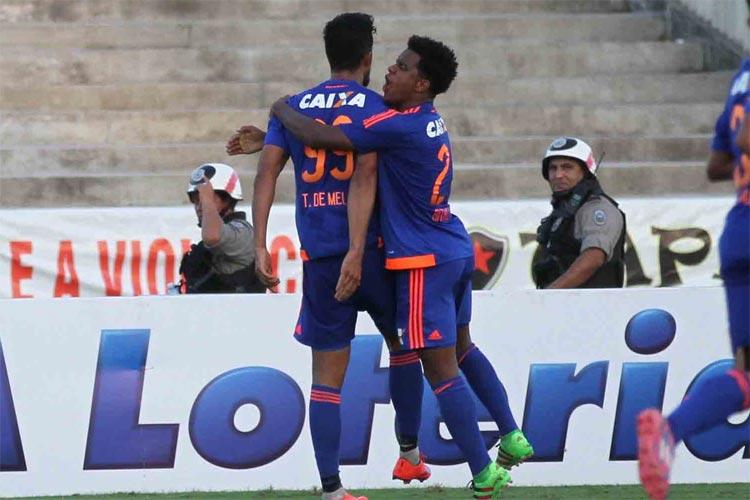 Leão não apresentou um bom futebol, mas foi eficiente e venceu o Botafogo-PB na estreia da Copa do Nordeste.