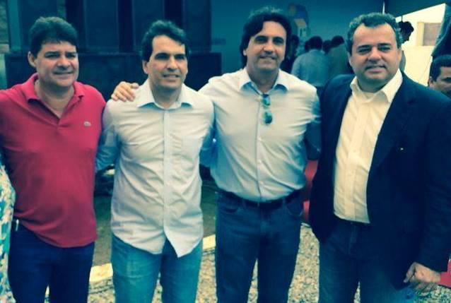 Fabrício Brito, Fábio Barbosa e Danilo Cabral em evento. Foto: Ilustração/Facebook