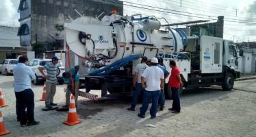 Aquisição de veículos e equipamentos vai assegurar o bom funcionamento de sistemas de esgotamento sanitário nas cidades que margeiam o Rio Ipojuca.