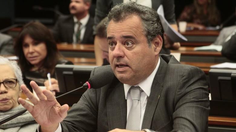 Danilo Cabral é deputado federal pelo PSB   Foto: Sérgio Francês/Divulgação