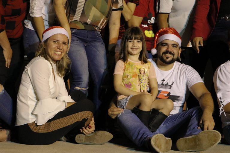 Ação solidária na Praça Mãe Rainha, Casinhas. | Foto: Lulu/Surubim News